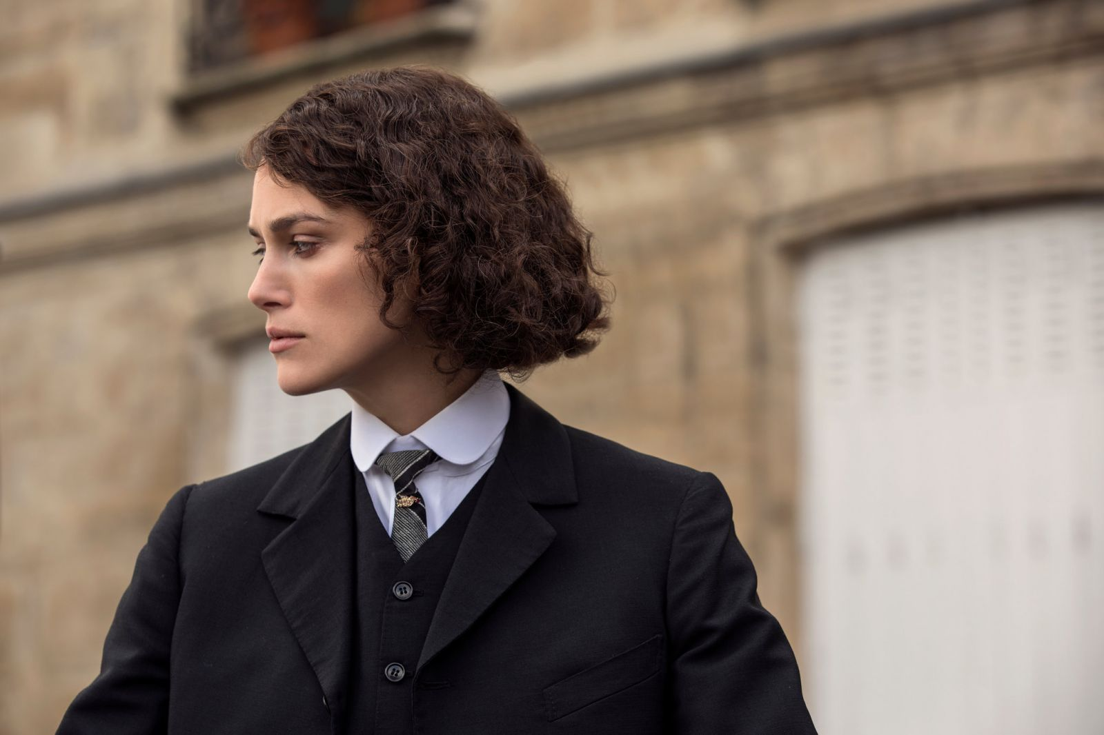 Keira Knightley plays the French writer Colette in this biographical movie directed by Wash Westmoreland