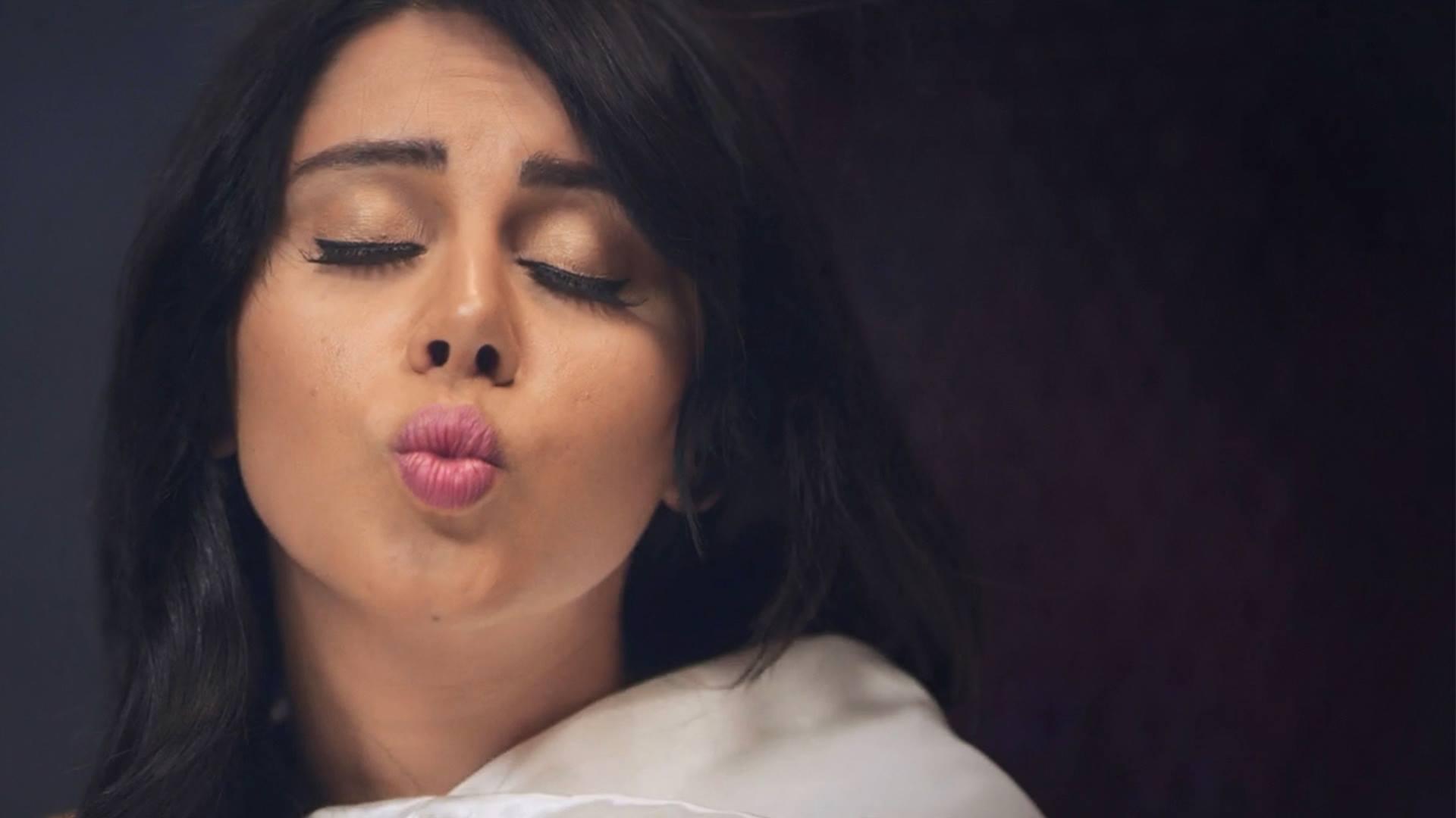 «بلاش تبوسني» أو البحث عن القبلة المفقودة في السينما المصرية