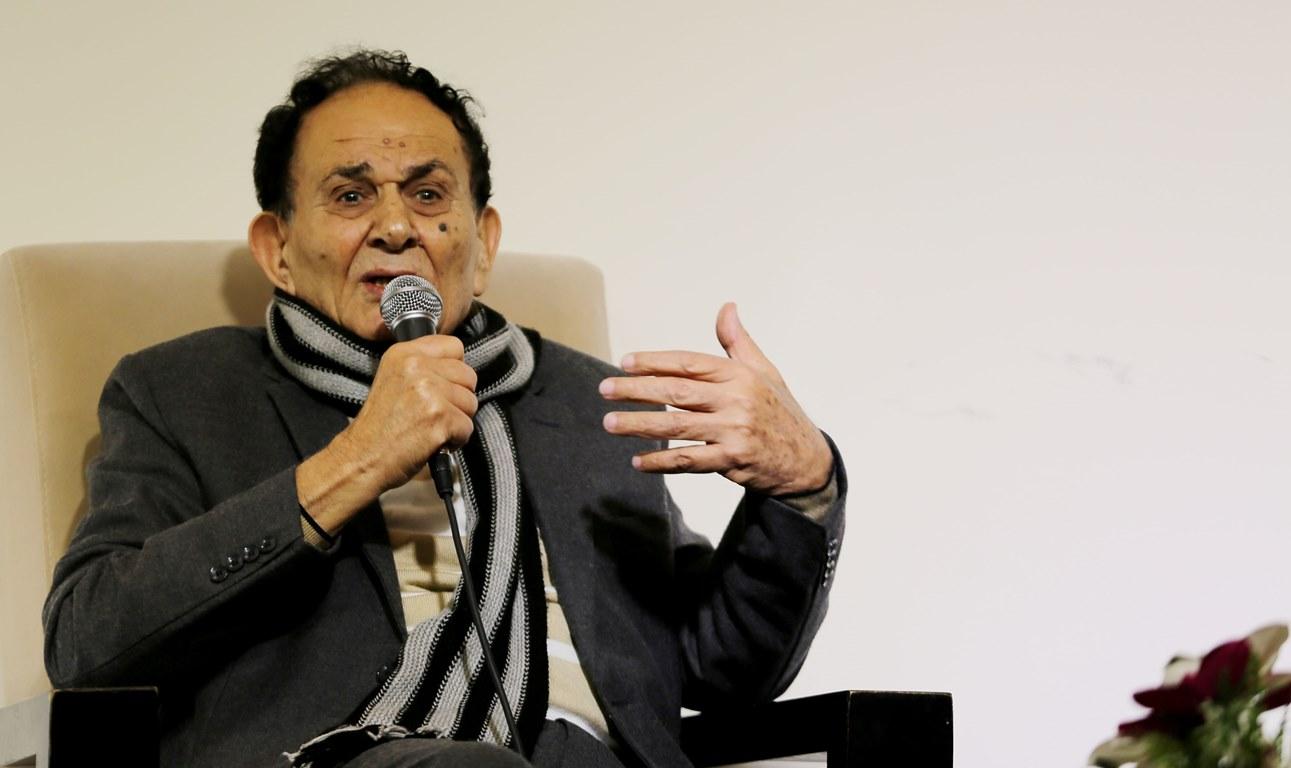 زياد عبد الفتاح: سيرة خاصة لمحمود درويش في «صاقلُ الماس»