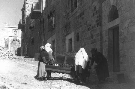 فلسطين كمهنة... البحاثة الإسرائيليون والموروث الثقافي المنهوب
