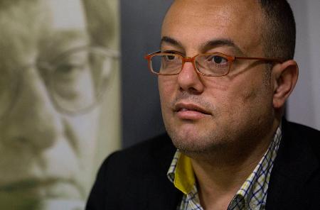 عاطف أبو سيف: سؤال الأدب الأساسي هو سؤال الإنسان والوجود