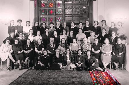 «خيوط السرد»: الثوب الفلسطيني كمفتاح للذاكرة