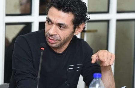 طارق إمام: الكتابة وردة فوضى العالم