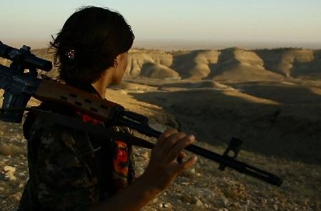 «القصة الخامسة» لأحمد عبد... نبش في ذكريات حروب العراق